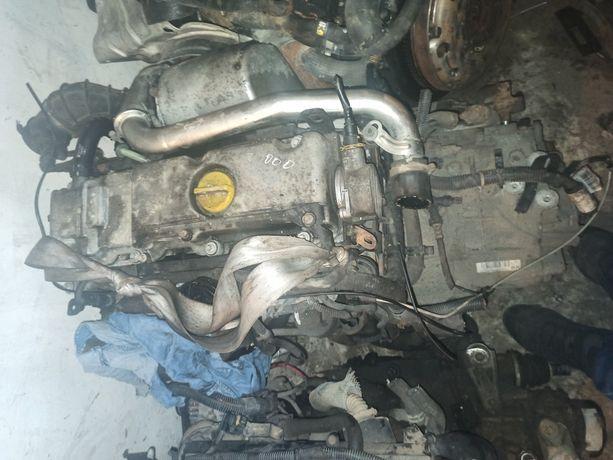 Двигун Х20DTН опель