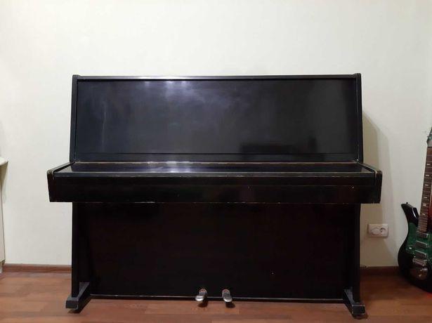 Отдам пианино (фортепиано)