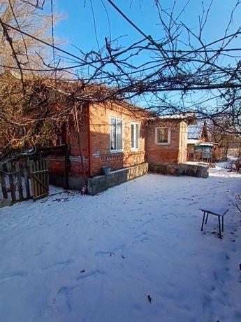 Продам дом 3 комнаты, по адресу г.Соледар ул. Полковникова 58