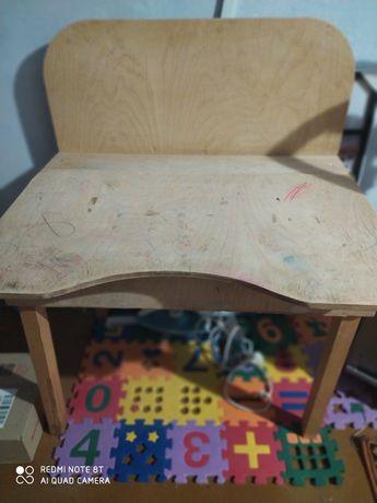 Продам стол-парту