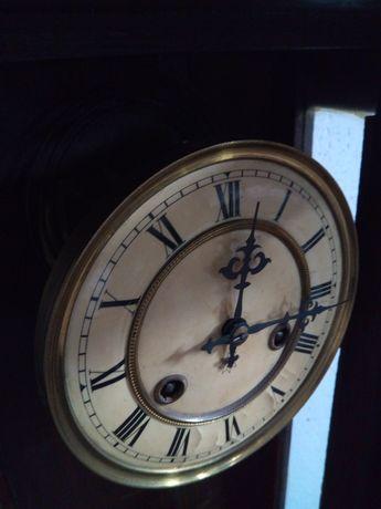 Sprzedam stary zegar wiszący!! Sprawny, stan bardzo dobry.