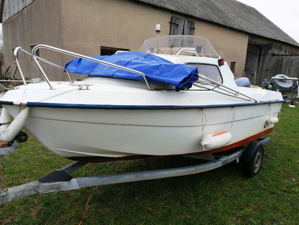 Jacht, łódź motorowa - kabinowa OMC, silnik Yamaha 40 km. + przyczepa