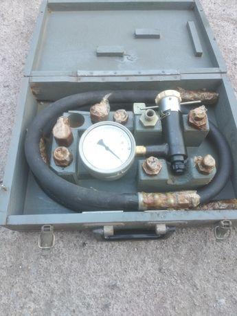 Прибор КИ-1097 для проверки давления в гидросистеме