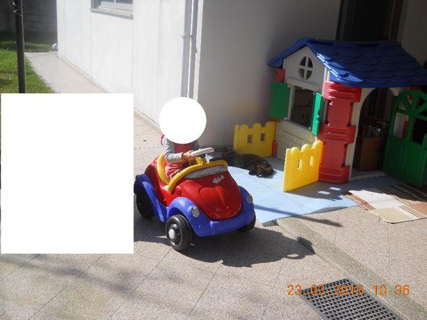 Só 100 euros Casinha de jardim infantil - com vedação