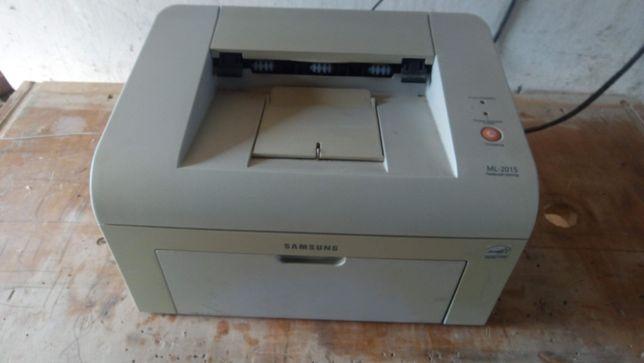 лазерний принтер