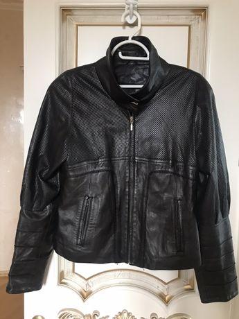 Куртка кожаная итальянская (размер М)