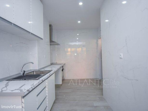 Apartamento T2 com 2wc, remodelado