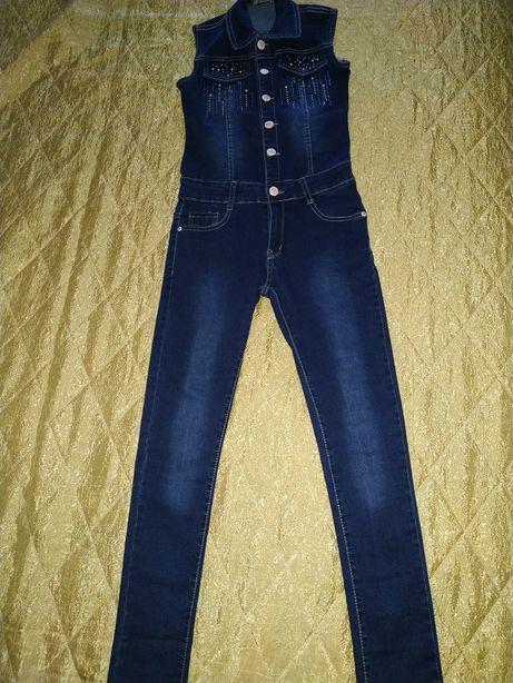 Шикарный джинсовый комбинезон Grace. Размер 146