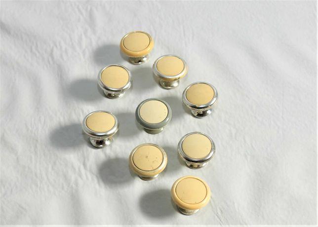 11 puxadores de portas ou gavetas