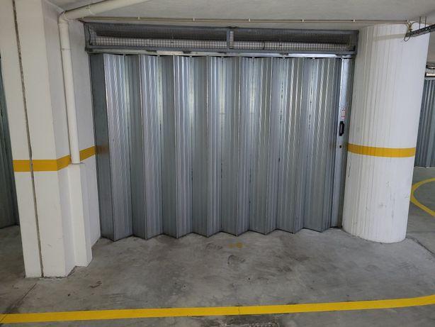 Garagem Fechada Box Guimarães Azurém - Contrato