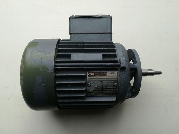 Silnik 0,55kW 2860/min