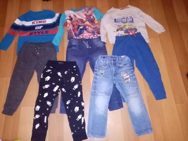 Ubranka dla chłopca 98-104