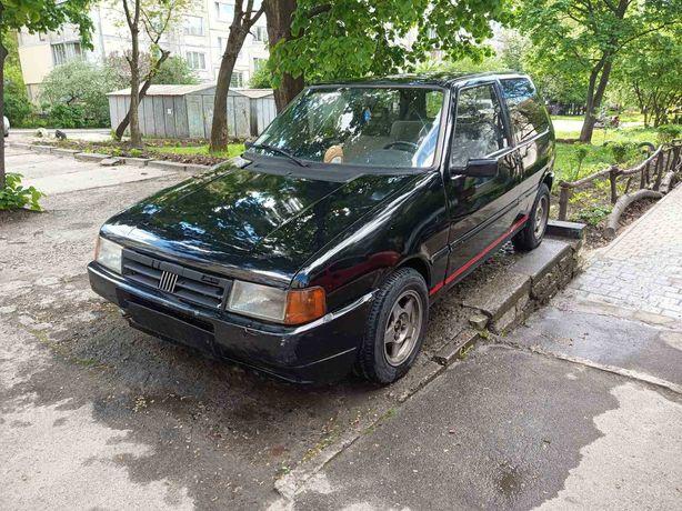 Fiat Uno автомобіль машина авто корито відро тазік