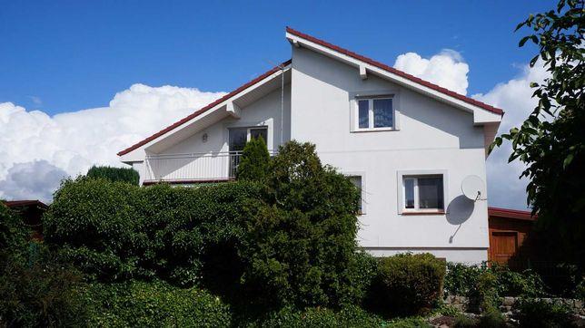 Komfortowy, duży, w pełni wyposażony dom w doskonałej lokalizacji