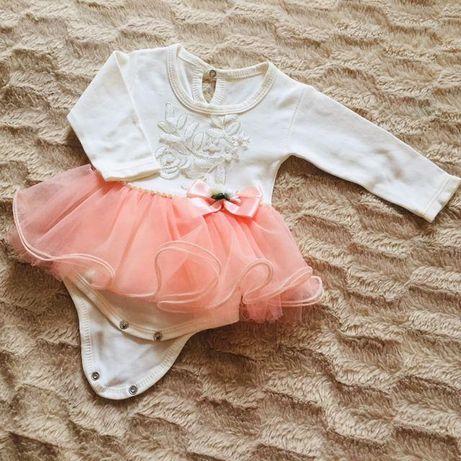 Нарядное платье 3-6 месяцев