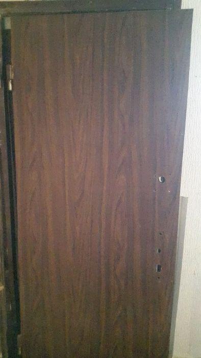 Двері вхідні броньовані. Важкі. Метал 2.5 мм. Полтава - изображение 1