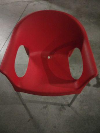 Cadeiras explanada como novas