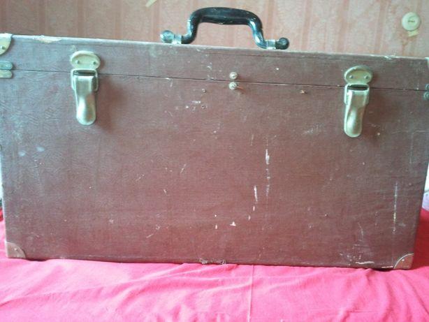 Деревянный чемодан СССР.