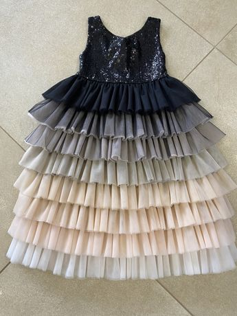 Нарядное платье р. 104-110