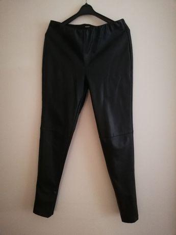 spodnie skóropodobne czarne