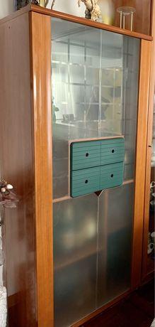 Movel Bar com portas em Vidro e luz embutida
