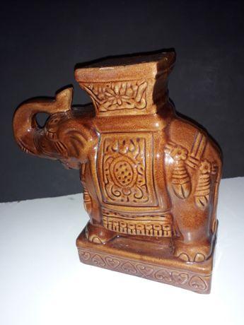 Elefante em terracota Vidrada Oriental