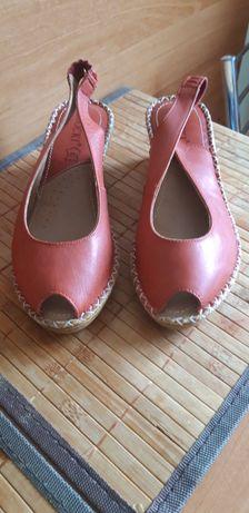 Letnie buty skórzane Lasocki nowe 36