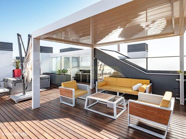 Vista mar em duplex no último andar, 4 quartos, terraço n...