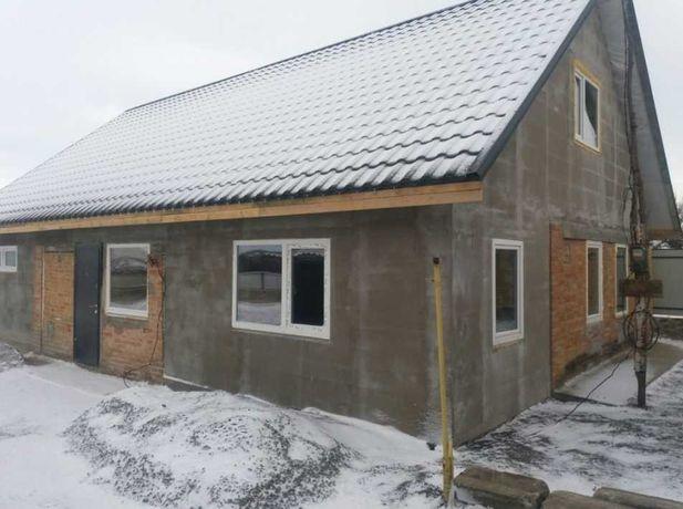 Продам добротный дом с большим участком