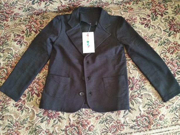 пиджак трикотажный на мальчика фирмы Vidoli