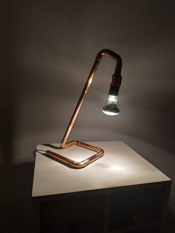 Lampa z rurek miedzianych. Lampka biurowa, nocna, industrialna, loft