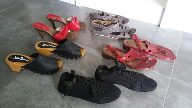 r 39  wszystkie buty za kawę z Biedronki