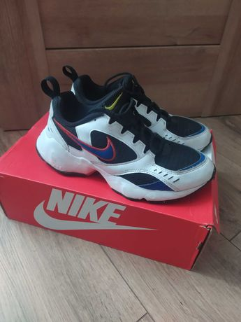 BUTY Nike Air Heights r 41