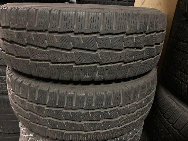 Opony dostawcze zimowe 215/60R17C MICHELIN