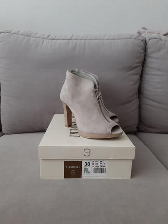 Buty  sandały lasocki rozmiar 38