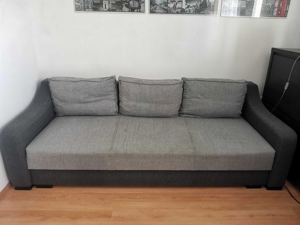 Szara kanapa z salonu Agata Meble