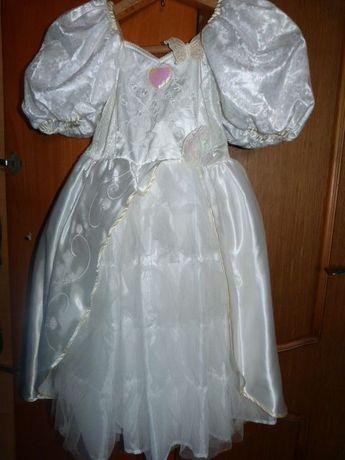 Платье нарядное белое 5-6 лет фирменное