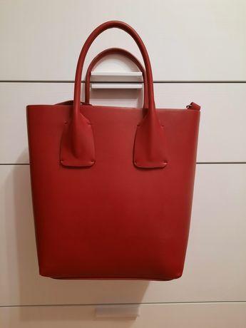 Czerwona torebka Zara