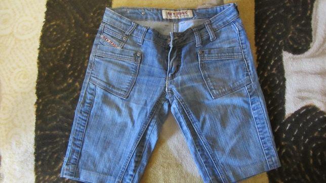 Шорты-капри джинсовые для девочки 11-12 лет (Китай, размер 152)!