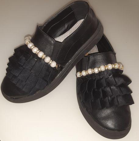 Классные туфли мокасины.
