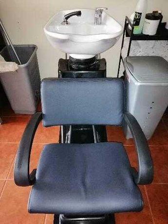 Rampa de lavagem e cadeira de styling