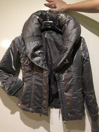Курточка осень/весна/теплая зима