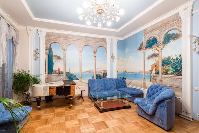Здам або продам шикарну  элітну квартиру в тихому центрі Львова.