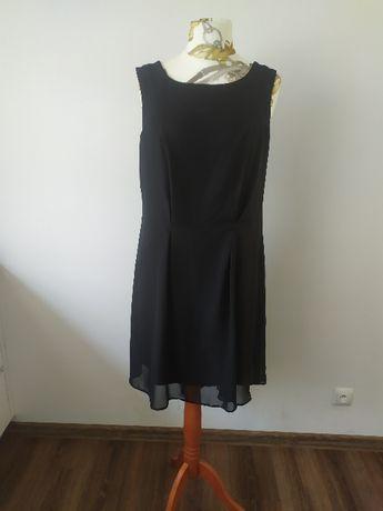 sukienka czarna z delikatnym trenem wesele, studniówka XL