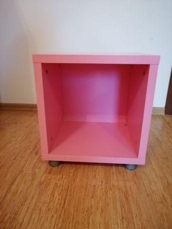 Różowy szafka nocna IKEA