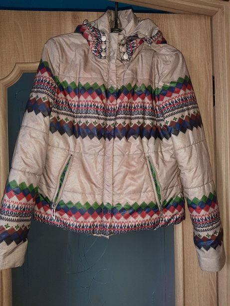 Легкая куртка L Grace.