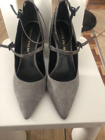 Pantofle,botki 37