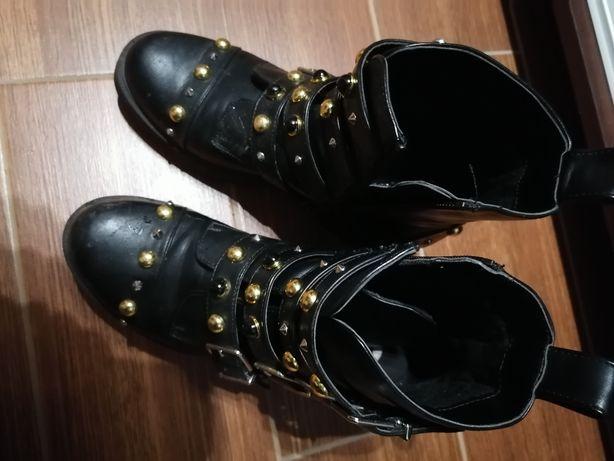 Sprzedam  lub zamienię buty croop traperki