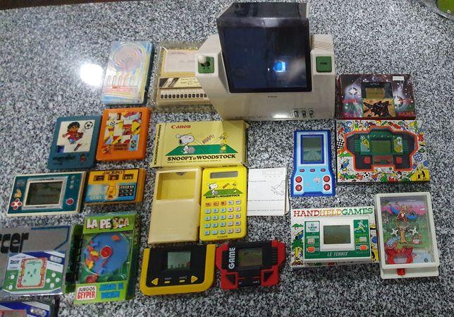 Varios jogos eletrónicos