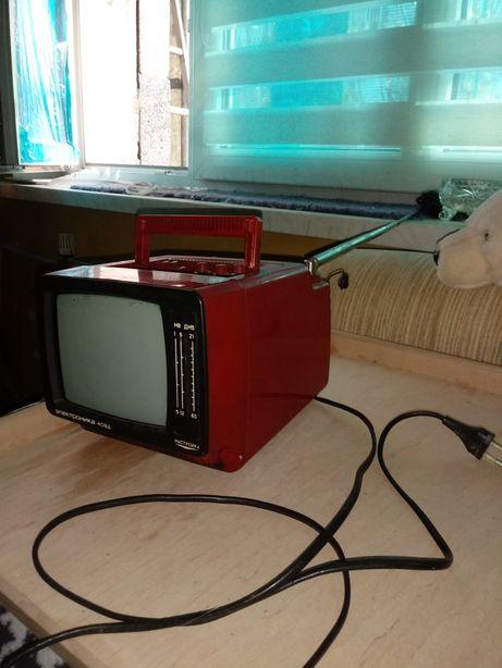 Elektronika 409 D radziecki telewizor PRL